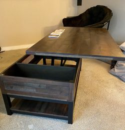Coffee Table With Storage for Sale in Portland,  OR