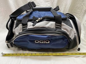 Ogio duffle bags. for Sale in Gurnee, IL