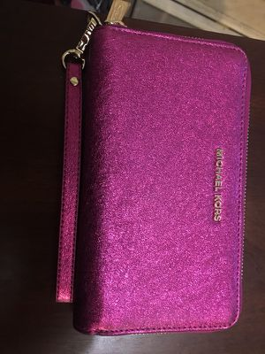 New Micheal kors wallet for Sale in Salinas, CA