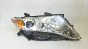 2009-2016 Toyota Venza Headlight for Sale in Los Angeles, CA