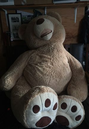 Giant Teddy Bear Stuffed Animal for Sale in Auburn, WA