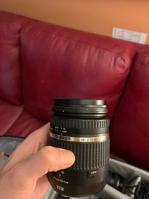 Tamron lens 18-270 mm F/3.5-6.3 for Sale in Minneapolis, MN