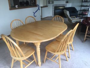 Kitchen/Dining Room Table + Chairs for Sale in Seattle, WA