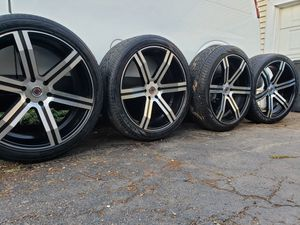 "24"" RIMS 6 LUGS CHEVY NO TRADES NOTHING AFTER 9PM for Sale in La Grange Highlands, IL"