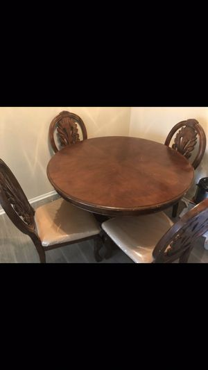 Wooden table 4 chairs $60 Obo for Sale in Victorville, CA