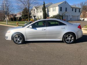 2010 PONTIAC G6 GT ONLY 120K!!! CLEAN TITLE!!! AUX!! SUNROOF!!LEATHER INTERIOR HEATED SEATS FLEX FUEL DRIVES GREAT!!! for Sale in Laurel, MD