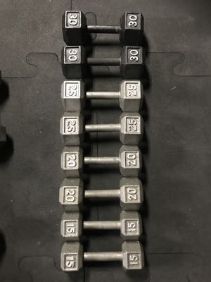 Hex Dumbbells (2x15s 2x20s 2x25s 2x30s) for $130 Firm!!! for Sale in Burbank, CA