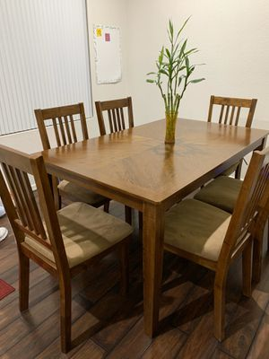Dining Table + Chairs for Sale in Glendale, AZ