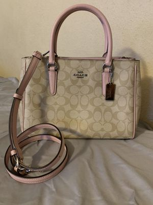 Coach Signature Surrey Carryall for Sale in Los Angeles, CA