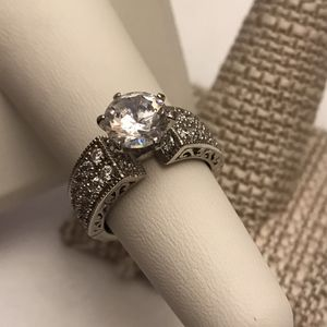 Stunning engagement ring for Sale in Charles Town, WV