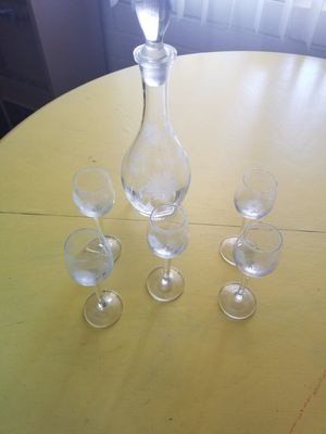 Etched decanter and glasses for Sale in Tucson, AZ