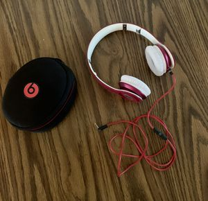 Beats by Dr Dre Solo2 2.0 wired Headphones headband Pink color plus case for Sale in Aurora, CO