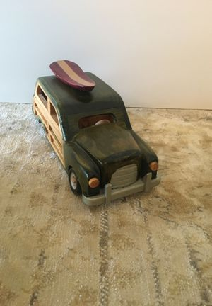 Woodie car with surfboard (decorative) for Sale in Miami, FL