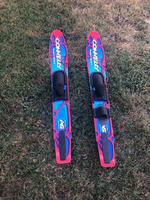 Connelly Super Sport Kids Water Skies for Sale in Fremont, CA