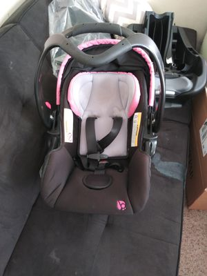 Baby carrier & base for Sale in Greensboro, NC
