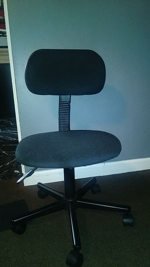 Office chair for Sale in Tacoma, WA