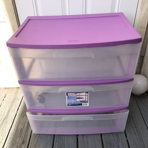 Purple Storage Container With Wheels for Sale in West Covina, CA
