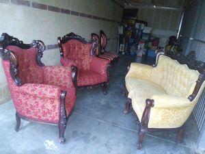 Antique furniture for Sale in North Miami, FL