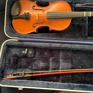 Ivan Dunov 3/4 Violin with Case And Bow for Sale in Tempe, AZ