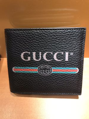 new Gucci black leather men's wallet for Sale in Queens, NY