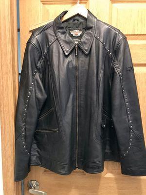 Ladies leather Jacket for Sale in Wichita, KS