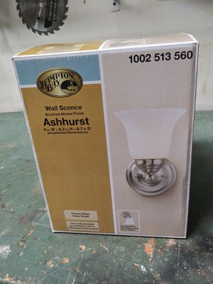 Ashhurst wall sconce for Sale in Tallahassee, FL
