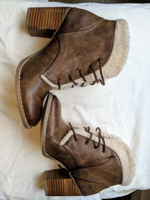 Restricted Brown Faux Fur Trim Heel Leather Lace Up Ankle Boots Size 6 for Sale in Nashville, TN