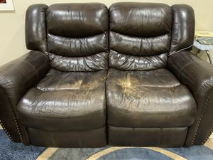 3 +2 Sofa for free for Sale in Redmond, WA