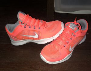 Women's Nike Shoes for Sale in Cleveland, OH