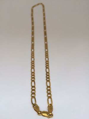 24inch 925 Italian Sterling Silver Figaro chain plated with 24K gold for Sale in West Covina, CA