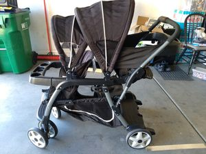 Graco Ready2Grow LX Double Stroller for Sale in Waddell, AZ