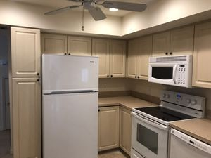 Full kitchen fridge, MW, Range,dishwasher all functional for Sale in Jupiter, FL
