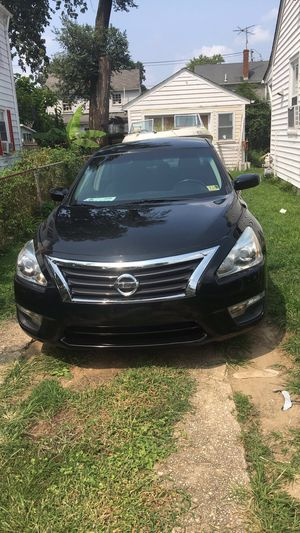 2013 Nissan Altima CLEAN TITLE for Sale in Mount Rainier, MD
