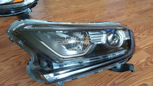 Left front Headlight Honda CRV 2018 for Sale in Hyattsville, MD