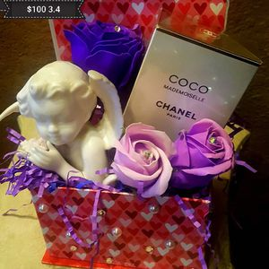 Perfume chanel coco mademoiselle for Sale in Fresno, CA