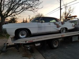 1968 Pontiac Bonneville a lot a good parts parts I' A whole car for sale for Sale in Clovis, CA