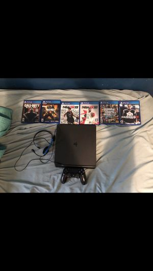 Ps4 slim with games for Sale in Delair, NJ
