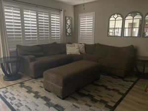 Brown Couch for Sale in Corona, CA
