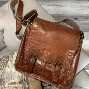 Fossil leather messenger bag for Sale in Hialeah, FL