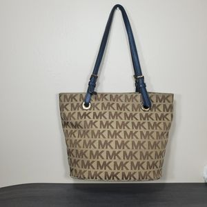 Michael Kors tote/purse for Sale in Fort Myers, FL