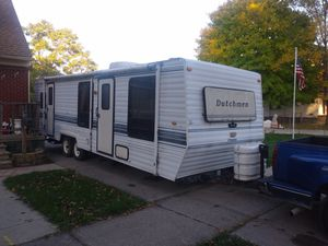 1999 Dutchmen Travel trailer/Camper 30ft for Sale in Lincoln Park, MI