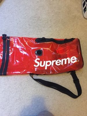 Supreme Sealine Discovery Dry Bag 20L Meetup ONLY for Sale in Saint Charles, MO