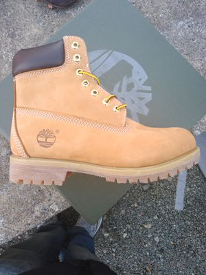 Timberland wheat size 8 to 13 for Sale in Durham, NC