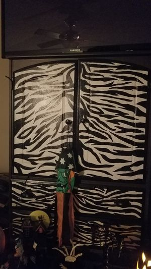 Hand painted zebra t.v. stand or dresser for Sale in Richmond, KY