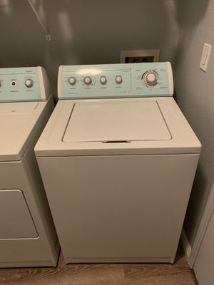 Whirlpool Washer and Dryer Set - (gas) for Sale in Las Vegas, NV