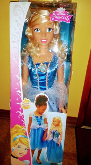 Life-size Cinderella doll for Sale in Obetz, OH