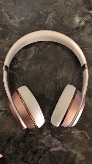 Beats solo wireless 3 for Sale in Charleroi, PA