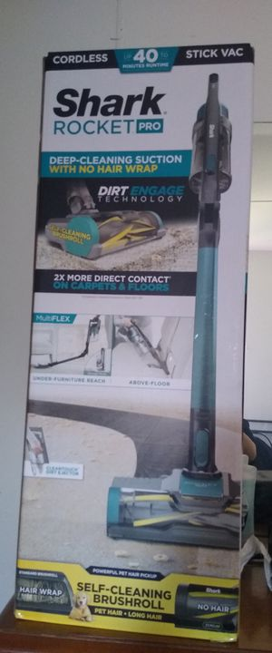 Shark rocket pro cordless stick vacuum iz140 for Sale in Denton, TX