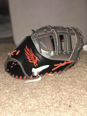 Baseball and Softball Glove for Sale in Las Vegas, NV