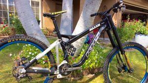 Downhill bike for Sale in Pomona, CA